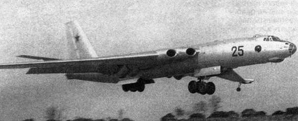 空军世界 :: 米亚-4 野牛 Miya-4(Bison)轰炸机