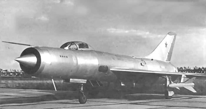 http://airwar.ru/image/idop/fighter/su11/su11-1.jpg